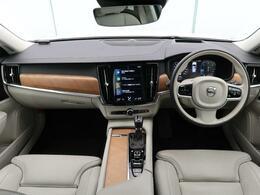 2019年モデル!V90 D4 インスクリプション入庫しました!人気のディーゼルモデルです!シートヒーターだけでなくベンチレーション、ステアリングホイールヒーターなど快適装備も充実!