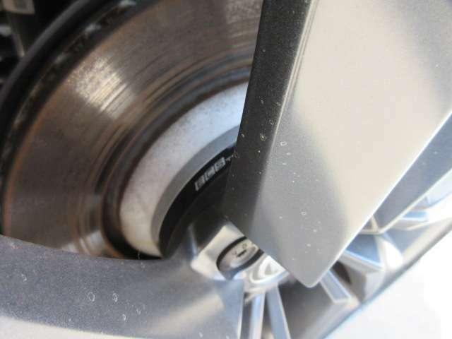 社外ワイドトレットスペーサー付き♪ 数センチのローダウンに合わせた2センチ程度のスペーサーが入っております♪