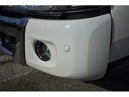 ■トラックには珍しいクリアランスソナー付きで運転していても安心ですね■(エアロ取付間画像)■