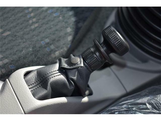 ■電動パーキングブレーキなので車両の状況に応じて引き代を自動コントロールしてくれます■