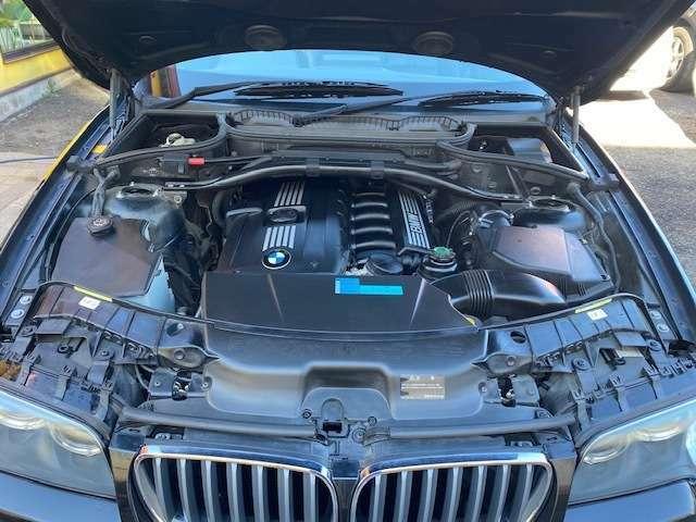 ☆直列6気筒DOHCエンジン出力218psの排気量2.5L(カタログ値)です!!