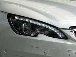 LEDデイライト ドレスアップだけでなく、他車や歩行者からの視認性を高め事故防止に貢献します!