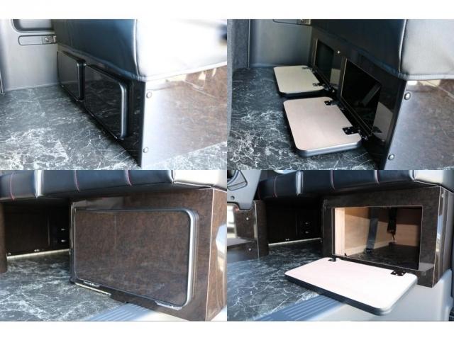 座席下家具には収納も出来ます♪