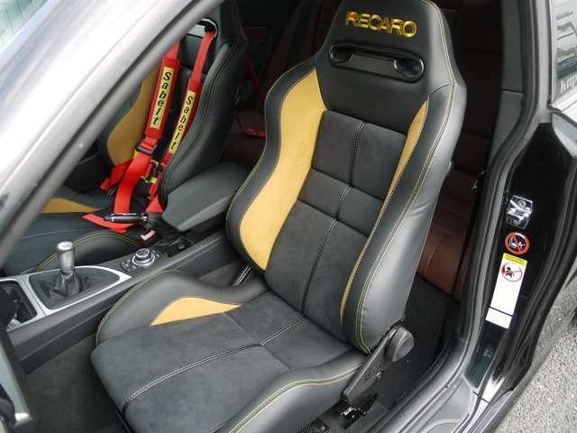 運転席、助手席ともに新品のREKAROシートです♪