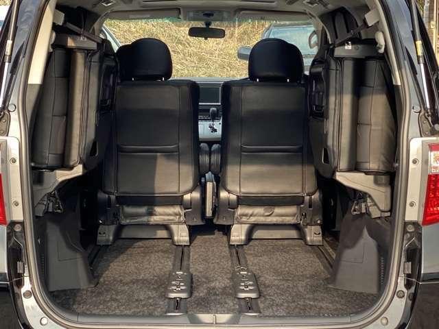 シートカバーの取付サービス可能。(弊社規定品、条件有、詳しくはスタッフまで)各種オートローンお取り扱い最長84回払いまで設定が可能です。残価設定型プラン、支払い変動型オートローンもご用意が御座います。