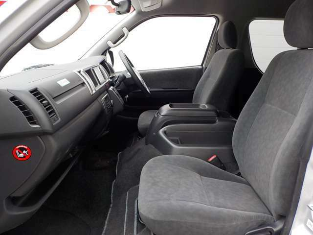 中古車には安心保証の『買特典中古車保証(走行距離無制限)』★ご購入時のご予算に合わせて「1・2・3年プラン」から保証期間をお選びいただけます。ご購入後も長期の安心を!※有料保証となります。