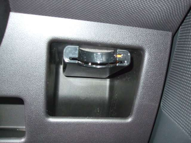 便利なETC車載器も装備!高速道路の料金所もスムーズに通過できます。時間帯によってはお得になります!