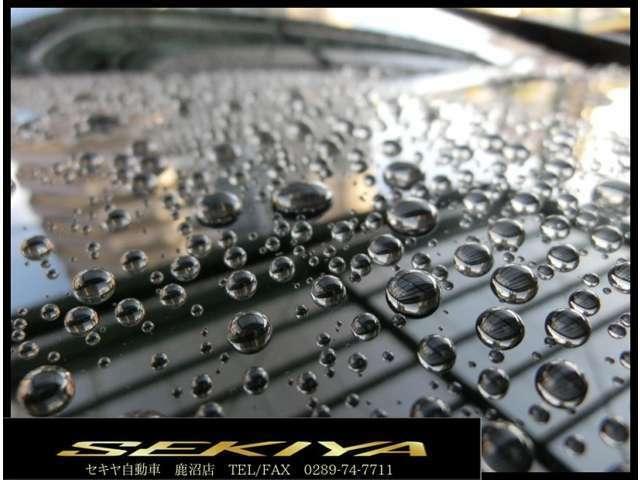 Bプラン画像:水垢&色褪せしたボディを磨き専門スタッフによって艶やかピカピカなボディに仕上げます。艶&撥水を是非ご体験下さい!
