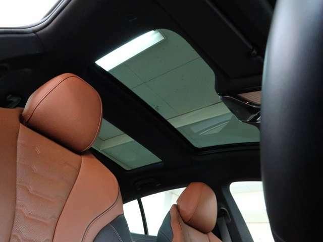 また、「BMW プレミアム・セレクション延長保証」をご契約いただくと、登録後2年間のBMW プレミアム・セレクション保証の終了後も、最大2年間、保証対象箇所に不具合が生じた場合、無償修理をご提供いたします。