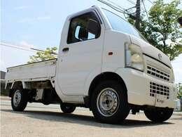 平成14年式 マツダ スクラムトラック!展示場にて展示中です☆