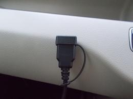 USBケーブル付き!毎日のカーライフが充実しますね☆