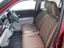 【フロントシート】 シートはいちど車両から取り外し洗浄、除菌、消臭を行っておりキレイな状態です♪ぜひ店舗でご体感下さい。