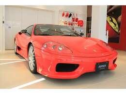 サーキットを連想させるカラー「Rosso Scuderia」