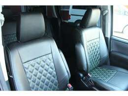 社外のフルシートカバーです!!車種専用なのできっちりしっかりついてます。あまり使用感もなくきれいな状態です