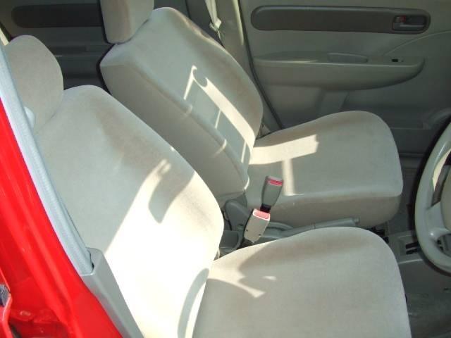 フロントシートも綺麗にクリーニングしました。パズル柄がとてもかわいいですよ!!