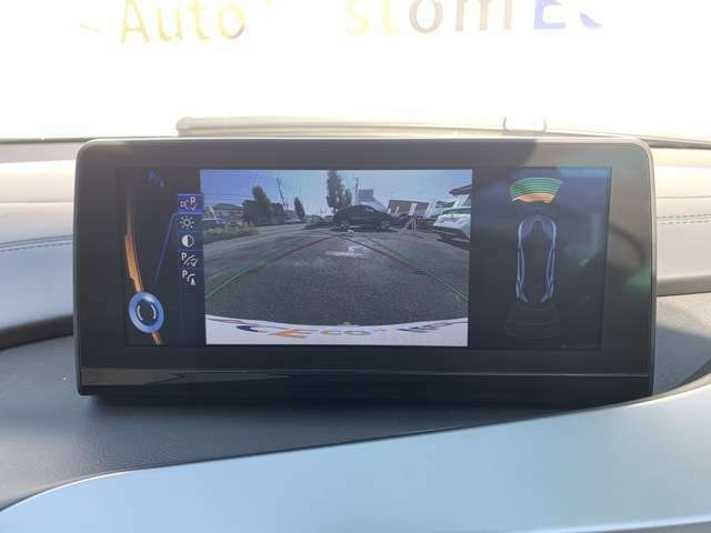 360℃アラウンドビューカメラがついいておりますのであらゆる角度の危険を察知できますよ♪コーナーセンサーもございます♪