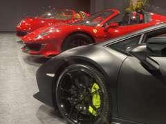 W OSAKAでは高級輸入車・スーパーカーを中心に取り扱っております。