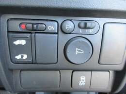 乗り降り楽々♪片側電動スライドドア☆運転席で操作可能です!