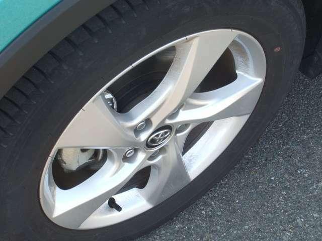自動車保険もお任せください!当社は土日も営業致しております。事故の後、車の修理も保険運用も当社で一本化!もしもの時も安心です。