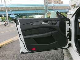 【当社について-3】当社ホームページより過去に手掛けたカスタマイズカーから販売中のアルミホイール情報などもご覧いただけます。ブログ、Facebookなども随時更新中♪ホームページURL https://www.bartbar.jp/
