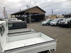 弊社では独自のネットワークにより関東・関西方面の錆の少ない高品質で格安な中古車を販売しております。