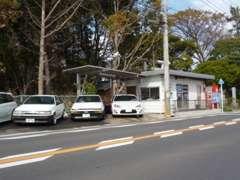 ☆展示場☆ 国道129号線田村十字路を伊勢原方面へ!横内交差点、横内バス停すぐそば♪