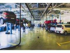 全車安心の提携認証工場又は指定工場にて法定整備点検後納車☆