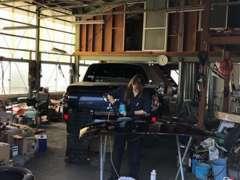 当店は認証工場を完備しております。納車後の、アフターサービスもお任せ下さい。