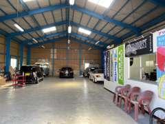 当店の中古車は細部にわたり徹底的に清掃、仕上げ済みです。掲載車両の室内は360度画像でご覧いただけます!!