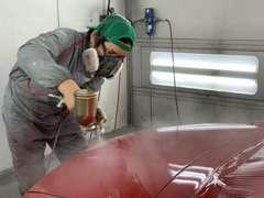 国内トップシェアを誇る「アンデックス」の塗装ブースを採用しています。職人の塗装技術+防塵空間で 美しい塗装が実現します。