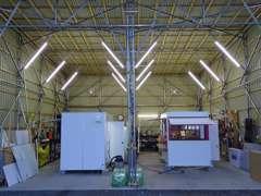自社架装工場を完備しております。架装の事ならお任せください。