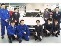 元気の良さは自信あり!個性豊かな6名の販売スタッフがお客様の車選びをしっかりサポートいたします!