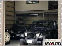◆国産・輸入車幅広く扱います!輸入車のオープンカーの在庫も多く人気です。ドライブを楽しめる車を中心に在庫を揃えています。