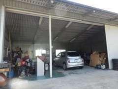 自社でサービス工場を完備!車検、磨きにも自信あり!