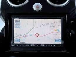 【HDDナビ】こちらのお車はHDDナビを装備しております。高性能なナビ機能の他、ワンセグTV、CD音楽の再生や自動録音も可能にできます。ドライブ中の楽しみも増え、便利でお得な装備でございます