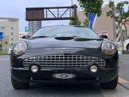 東京本店にて2003yフォード サンダーバードを展示しております!お問い合わせお待ちしております!03-5607-3344
