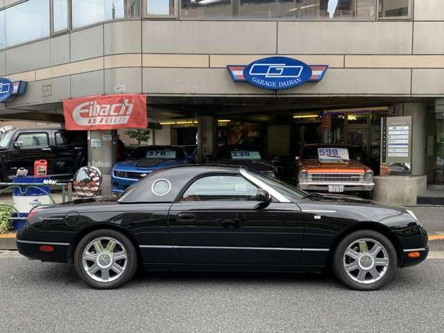 サンダーバードのサイズは日本の駐車場でも困らない丁度いいサイズです!試乗・現車確認は東京本店にて承っております!03-5607-3344