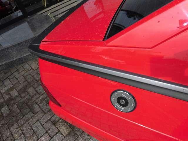 アルファロメオはどんなお車でも全台、HID、CDデッキを取り付けします!