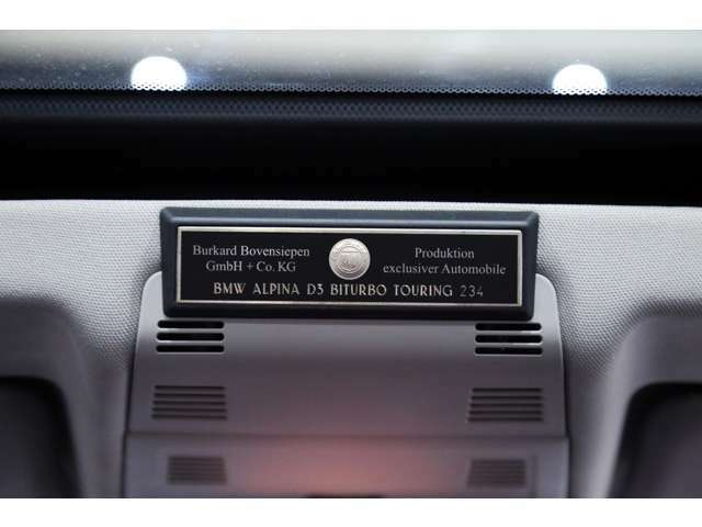 このナンバリングプレートこそ正真正銘ALPINA車の証です!!