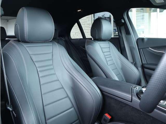 ブラックレザーフロントシート シートヒーター メモリー機能付きパワーシート