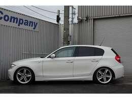 BMWの直列6気筒エンジンをFRで楽しめる楽しさ満載の車です!