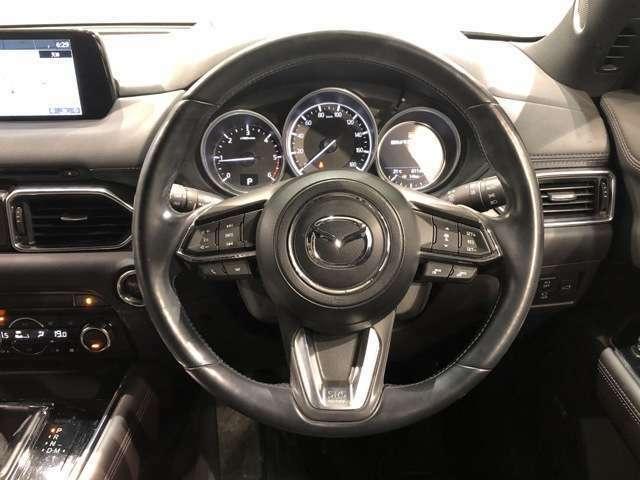 【レーダークルーズコントロール】前車追従走行機能付きクルコン装備。ロングドライブでも楽々。