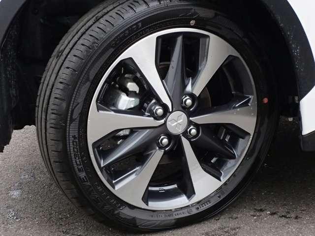 純正アルミホイール タイヤサイズは、165/55R15
