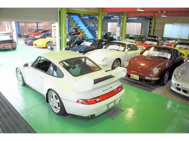 ショールームには希少車多数ございます。詳しくはhPご覧くださいませ。