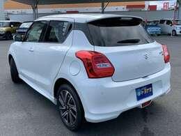 スポーティなデザインでお馴染み、スズキのコンパクトカー「SWIFT」!小回りの利く走行性能と優れた燃費性能が魅力です!