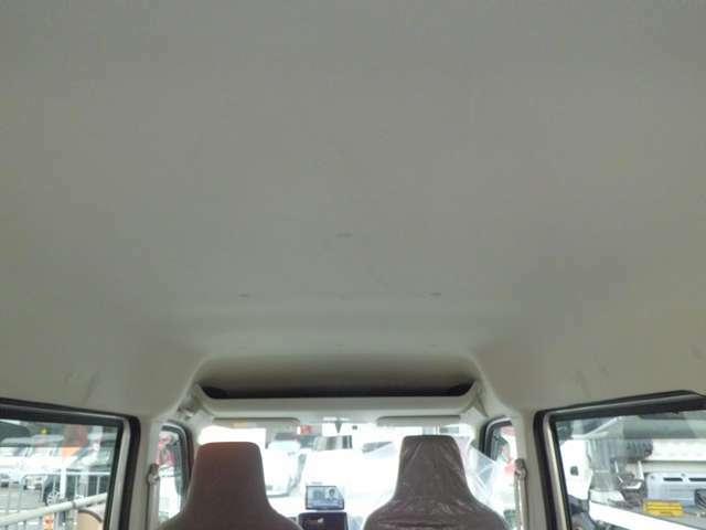 天井も汚れが無くてキレイです^^車両本体のみの販売も可能です!車両代+リサイクル税で販売させて頂きます(消費税は込みです)お気軽に!!
