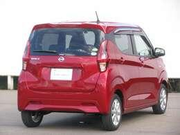 新車時の特別保証(走る・曲がる・止まるに関わる部品/初度登録から5年10万km)と一般保証(エアコンなど電装部品/初度登録から3年6万km)を継承させて頂きます。