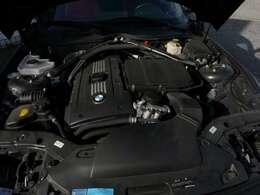 3000cc直列6気筒ツインターボエンジン搭載!306馬力(カタログ値)を発生するパワートレインです!