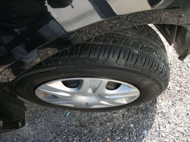 前タイヤです。ままあの状態です。