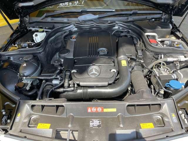 AMGスポーツパッケージ レーダーセーフティパッケージ 黒ハーフレザーシート パワーシート キセノン 純正ナビ地デジ バックカメラ パドルシフト キーレスゴー AMG17AW Iストップ